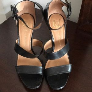 Brand New Vince Camuto Signature Sandals